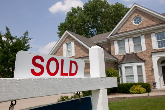 Helpful Tips To Help You Sell Your Home